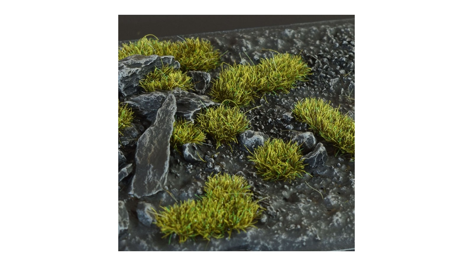 GG2-DM-small Dark moss (2mm)