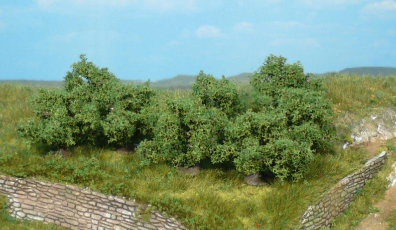 Heki 1735 8x bushes 4cm